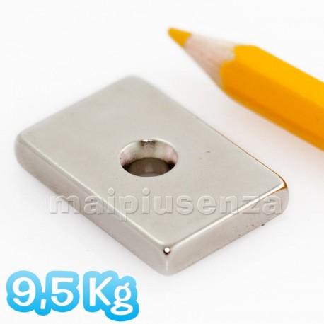 Blocco con FORO svasato 30x20x5 mm forza 9,5Kg - Magnete al neodimio - 6 pezzi